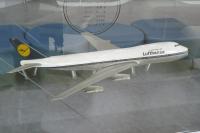 Photo: Lufthansa, Boeing 747-100/200