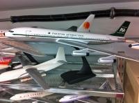 Photo: Pakistan International - PIA, Boeing 707, AP-AUN