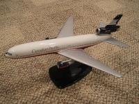 Photo: Canadian Airlines, Douglas DC-10