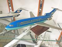 Photo: Braniff International, Boeing 727-100