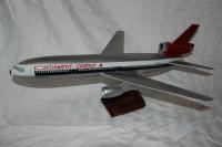 Photo: Northwest Orient, Douglas DC-10, N8000A