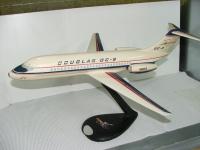 Photo: Douglas Aircraft Company, Douglas DC-9-10/20, N90000