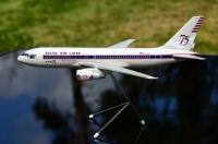 Photo: Delta, Boeing 767-200, N102DA